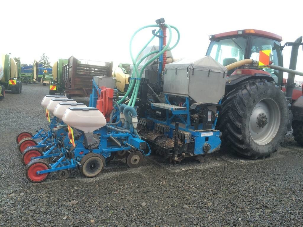 Oekosem Rotor Strip-Tiller and Monosem Planter